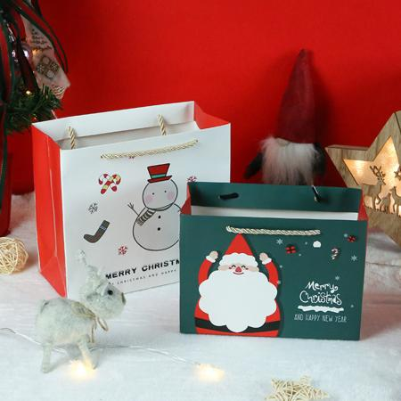 Christmas luxury gift bag supplier